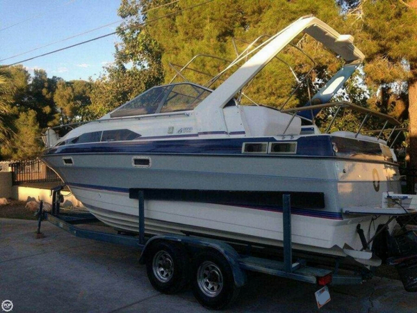 Used Bayliner 2655 Sunbridge Express Cruiser Boat For Sale
