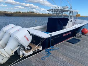 Used Regulator 34 Center Console Fishing Boat For Sale