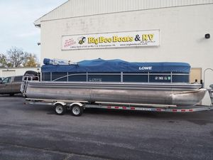Used Lowe SS Pontoon 250 Walk ThruSS Pontoon 250 Walk Thru Pontoon Boat For Sale