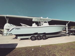 New Invincible 39' Open Fisherman Center Console Fishing Boat For Sale