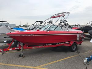 Used Mastercraft x1x1 Ski and Wakeboard Boat For Sale