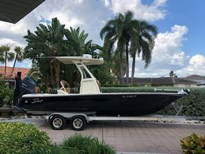 Used Scout 251 XS Center Console Fishing Boat For Sale