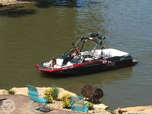 Used Axis A22 Recon Edition Ski and Wakeboard Boat For Sale