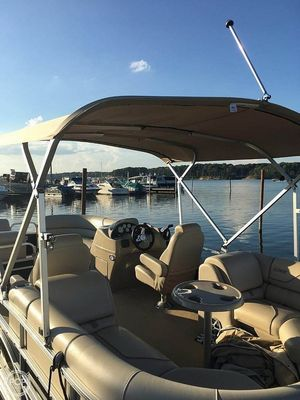 Used Lowe SS 230 WT Pontoon Boat For Sale