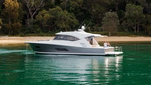 New Riviera 545 SUV Motor Yacht For Sale
