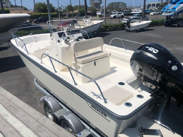 Used Boston Whaler 190 Montauk190 Montauk Center Console Fishing Boat For Sale