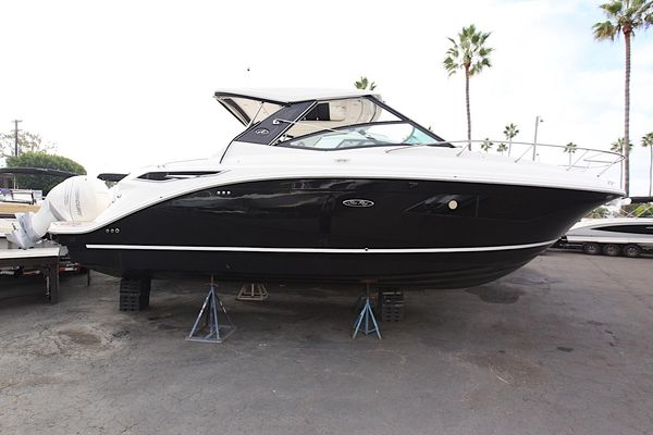 New Sea Ray 320 Sundancer OB320 Sundancer OB Cruiser Boat For Sale
