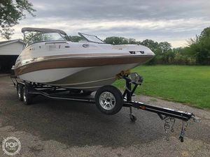 Used Four Winns F224 Bowrider Boat For Sale