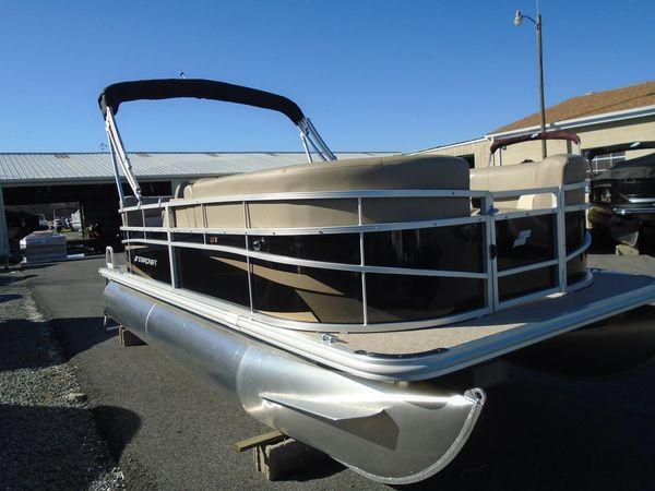 New Starcraft LX 18 RLX 18 R Pontoon Boat For Sale