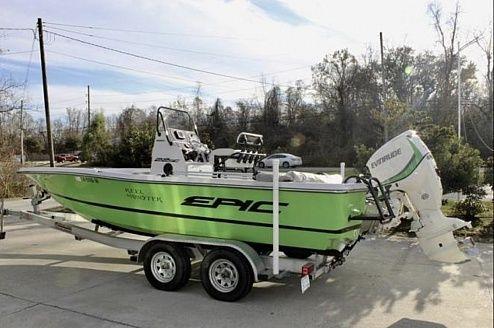 Used Epic 22SC Bay Boat For Sale