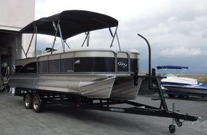 New Manitou 25 Aurora LE STD SHP25 Aurora LE STD SHP Pontoon Boat For Sale