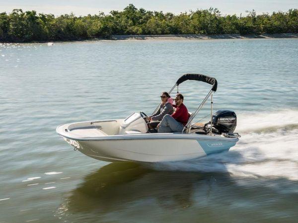 New Boston Whaler 130 Super Sport130 Super Sport Center Console Fishing Boat For Sale