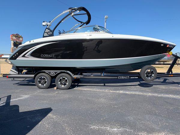 Used Cobalt R5 SurfR5 Surf Ski and Wakeboard Boat For Sale