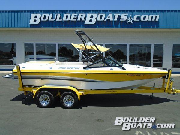 Used Mb 220 V-Drive220 V-Drive Ski and Wakeboard Boat For Sale