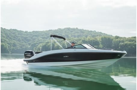 New Sea Ray SPX 210 OBSPX 210 OB Ski and Wakeboard Boat For Sale