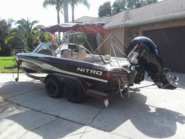 Used Nitro 205 Sport Bowrider Boat For Sale