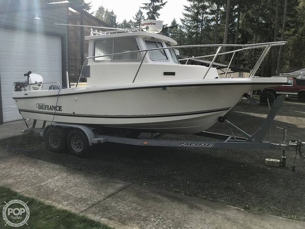 Used Defiance Admiral 220 EX Pilothouse Boat For Sale