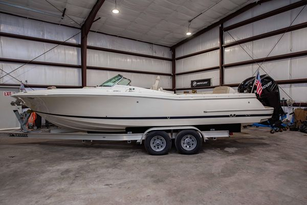 Used Chris-Craft Calypso 26Calypso 26 Dual Console Boat For Sale
