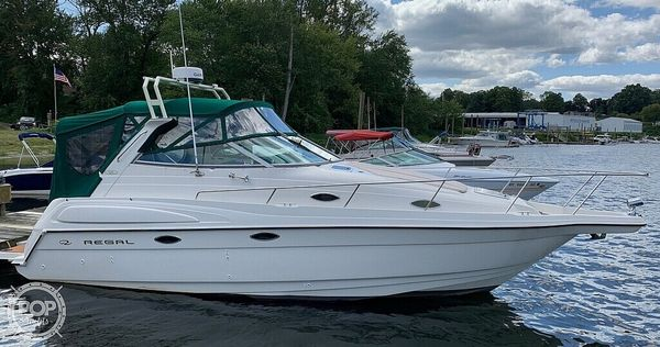 Used Regal 2750 Commodore Express Cruiser Boat For Sale