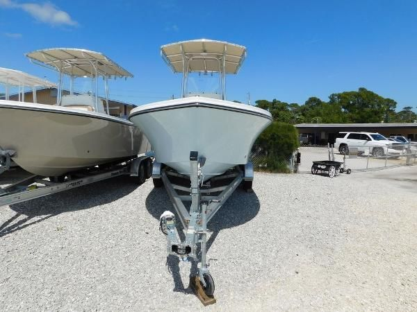 New Parker Center Console Fishing Boat For Sale