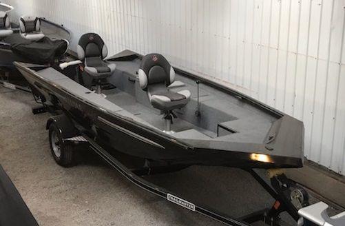New Alumacraft Crappie Deluxe Jon Boat For Sale