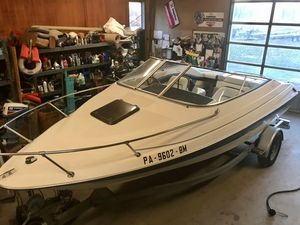 Used Bayliner CAPRI 2052 LS Cuddy Cabin Boat For Sale