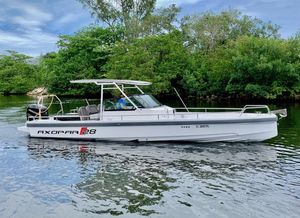 Used Axopar 28 T-Top28 T-Top Center Console Fishing Boat For Sale