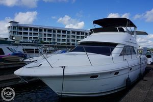 Used Cruisers Yachts 3650 Express Cruiser Boat For Sale