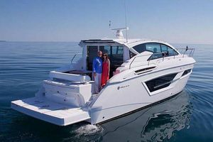 New Cruisers Yachts 46 Cantius46 Cantius Cruiser Boat For Sale