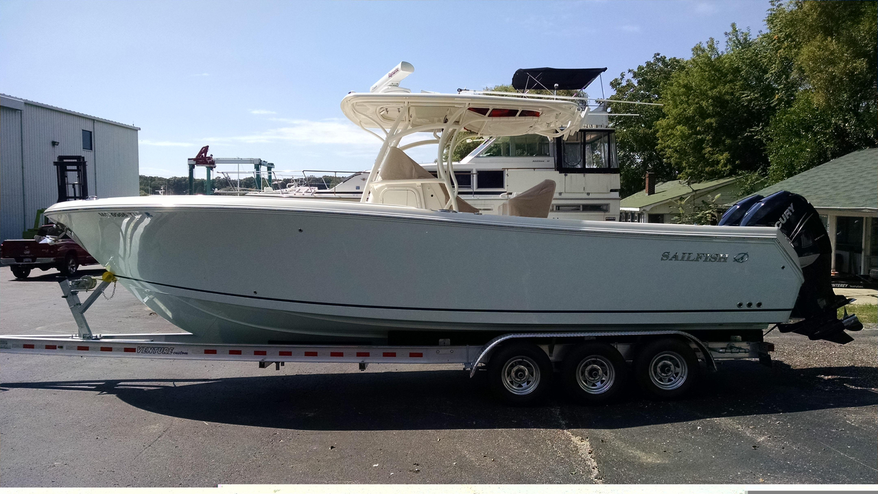 2014 used sailfish 290 cc center console fishing boat for for Fishing boats for sale in michigan