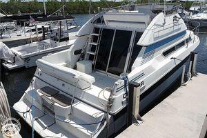 Used Carver 3067 SANTEGO Sports Fishing Boat For Sale