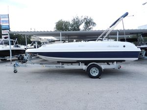 New Hurricane 201201 Deck Boat For Sale