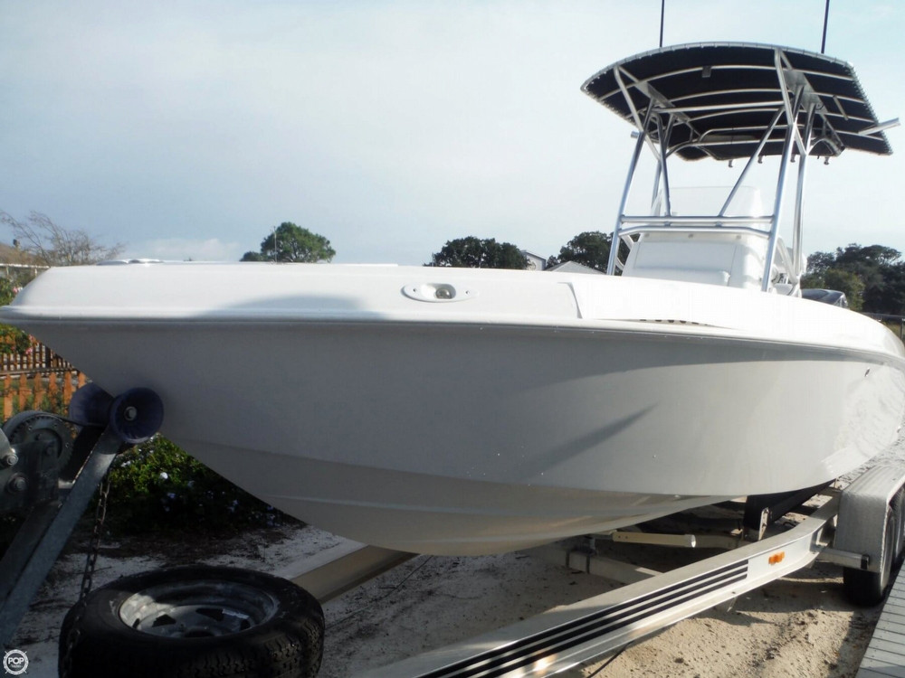 2006 used spectre 24 scs center console fishing boat for for Center console fishing boats for sale