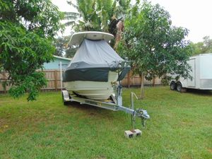 Used Century 2200CC2200CC Center Console Fishing Boat For Sale