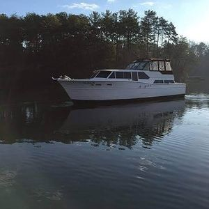Used Chris-Craft Constellation 46 Express Cruiser Boat For Sale