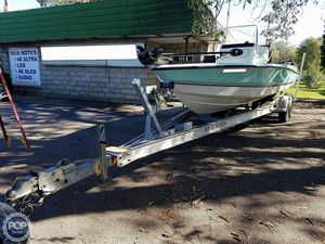 Used Triton 240 LTS Bay Boat For Sale