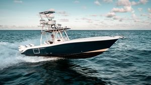 Used Hydra-Sports 3400 CC Center Console Fishing Boat For Sale
