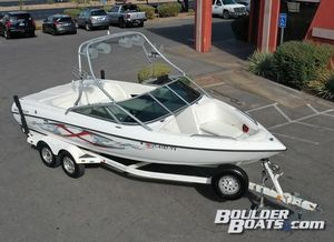 Used Mastercraft MariStar 230MariStar 230 Ski and Wakeboard Boat For Sale