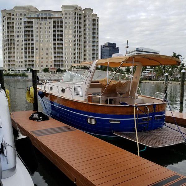 Used Apreamare 11M Cabinato Cruiser Boat For Sale