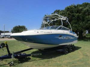 Used Hurricane Deck Boats SD 2200SD 2200 Deck Boat For Sale