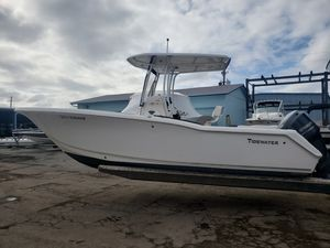 Used Tidewater 230 LXF230 LXF Center Console Fishing Boat For Sale