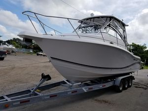 New Pro-Line Express Series 32Express Series 32 Freshwater Fishing Boat For Sale