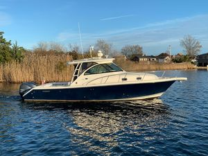 Used Pursuit OS 345 OffshoreOS 345 Offshore Saltwater Fishing Boat For Sale