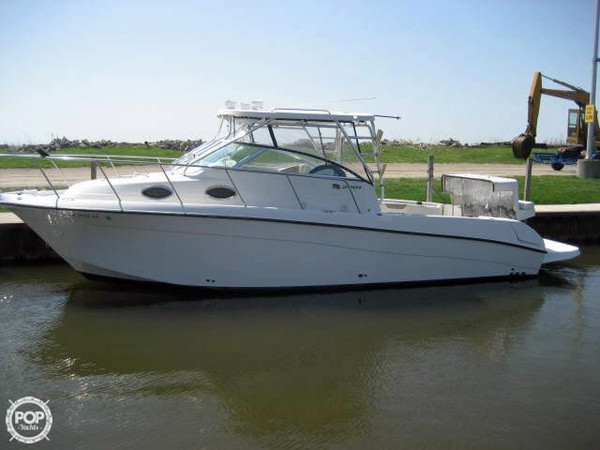 2005 used seaswirl 2901 walkaround fishing boat for sale for Fishing boats for sale in michigan
