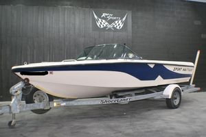 Used Correct Craft SPORT NAUTIQUE Ski and Fish Boat For Sale