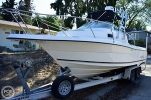 Used Robalo 2240 Walkaround Fishing Boat For Sale