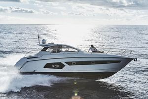Used Azimut Atlantis 43Atlantis 43 Sports Cruiser Boat For Sale