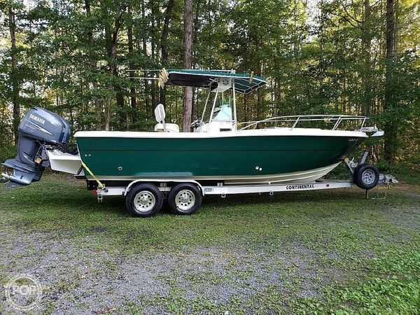 Used Pursuit 2550 Center Console Fishing Boat For Sale
