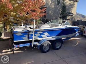 Used Centurion Sport Bowrider Ski and Wakeboard Boat For Sale