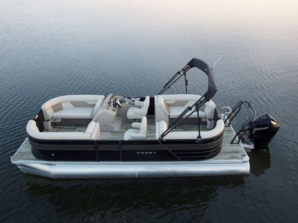 New Crest Classic DLX 220 SLRCClassic DLX 220 SLRC Pontoon Boat For Sale